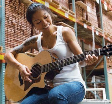 Guitar Shopping Online