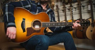 Choosing an Acoustic Guitars